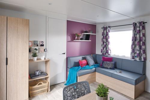 Mobil home familial avec salon spacieux